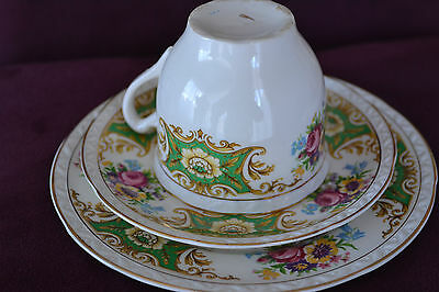 """Royal Falcon Ware - """"melrose"""" Trio - Cup/saucer/plate"""