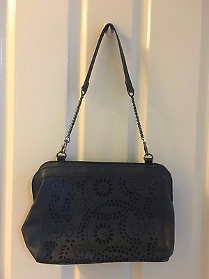 REVIEW Navy Ladies Handbag - EXCELLENT CONDITION!