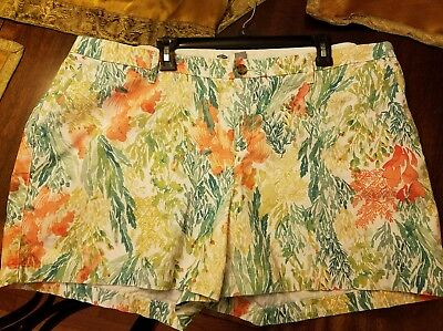 OLD NAVY~ Womens size 20 Shorts~ Super Cute Floral, cotton~ Cute!!!