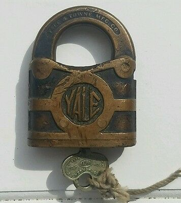 Antique Brass YALE Towne  Brass Antique PadLock Independent Silver Key, Working
