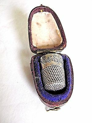 Antique Sterling Thimble In Fitted Leather Case