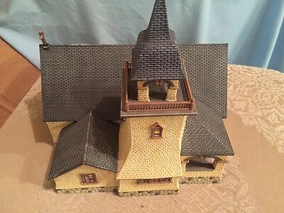 Dept 56 Seasons Bay *chapel On The Hill* 53302 Retired