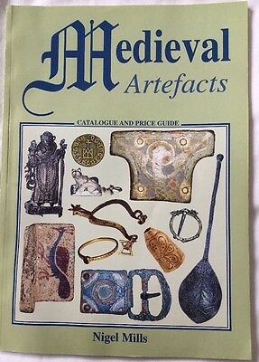Medieval Artefacts Nigel Mills ( Metal Detecting Book)