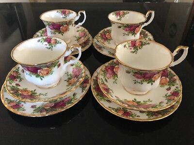 Royal Albert 🌹Old Country Roses 🌹12 Piece Set🌹