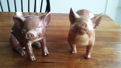 Nice lot of 2 vintage ceramic pigs