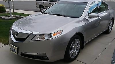 2009 Acura TL  2009 Acura TL with Technology Package - LOW mileage