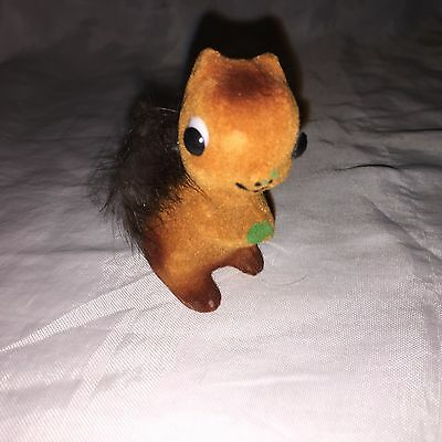 Cool VINTAGE SSCO SMALL Fuzzy Crafting  Brown / Red SQUIRREL fb2
