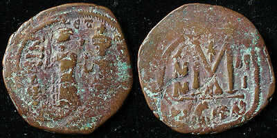 Heraclius (610-641 A.D.) - AE Follis - Constantinople Mint - Overstrike (Phocas)