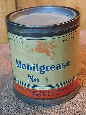 Mobilgrease Socony Vacuum Oil Co. one pound can No. 6