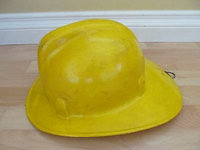 Fire Fighter Super Chieftain Safe-T Helmet Canada Chief Firefighting Safety Helm