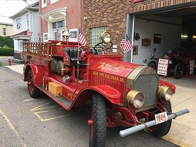 1924 US Fire Apparatus fire truck