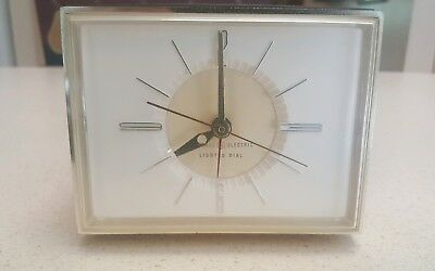VINTAGE GENERAL ELECTRIC TABLE TOP  CLOCK MODEL 7347, working