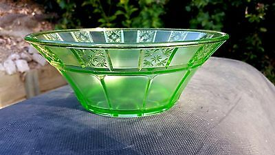 "Green Doric Large Berry Bowl 8¼"" Across"