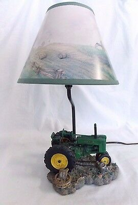 John Deere Tractor Lamp with Shade DL99 Dated 1999 Works #4590