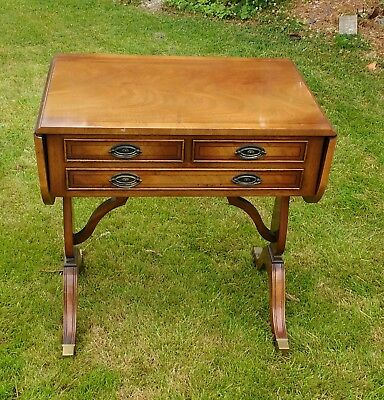 Hall / occasional table