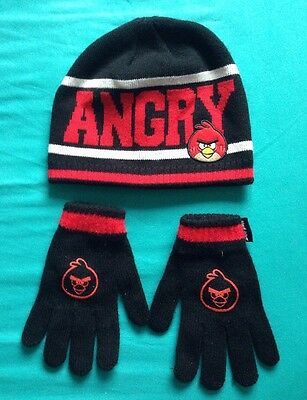 Angry Birds Hat & Glove Set. Age 9-13.