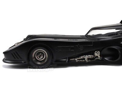 "BATMOBILE ""BATMAN RETURNS"" 1:18 Scale Diecast Model"