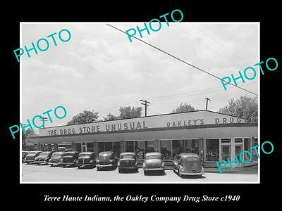 OLD LARGE HISTORIC PHOTO OF TERRE HAUTE INDIANA, THE OAKLEY DRUG STORE c1940