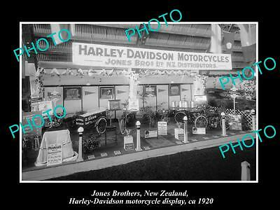 OLD LARGE HISTORIC PHOTO OF JONES Bros NEW ZEALAND, HARLEY DAVIDSON DISPLAY 1920