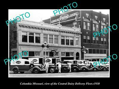 OLD LARGE HISTORIC PHOTO OF COLUMBIA MISSOURI, THE CENTRAL DAIRY CAR FLEET c1930