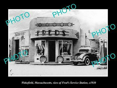 OLD LARGE HISTORIC PHOTO OF WAKEFIELD MASSACHUSETTS, FREDS GAS STATION c1930