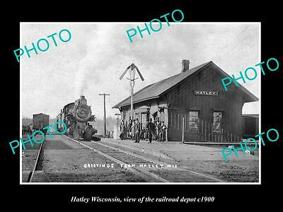 OLD LARGE HISTORIC PHOTO OF HATLEY WISCONSIN, THE RAILROAD DEPOT STATION c1900