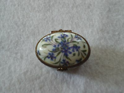 Limoges France Hand Painted Flower Spray Porcelain Hinged Pill Box