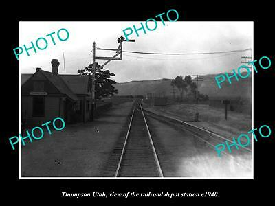 OLD LARGE HISTORIC PHOTO OF THOMPSON UTAH, THE RAILROAD DEPOT STATION c1940