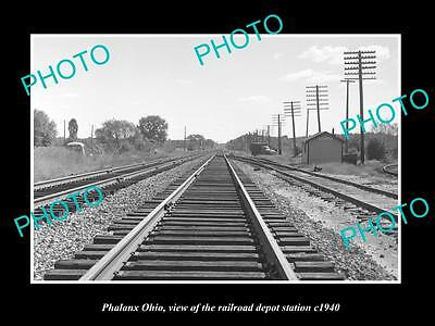 OLD LARGE HISTORIC PHOTO OF PHALANX OHIO, THE RAILROAD DEPOT STATION c1940