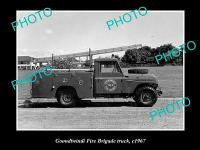 OLD LARGE HISTORIC PHOTO OF GOONDIWINDI QLD, THE FIRE BRIGADE TRUCK c1967