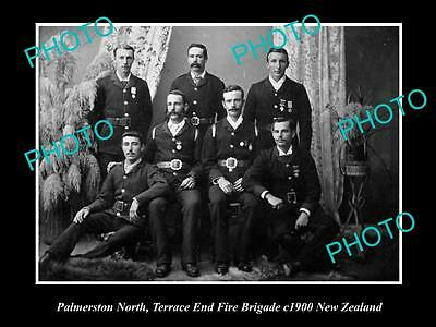 OLD LARGE HISTORIC PHOTO OF PALMERSTON NORTH FIRE BRIGADE CREW c1900 NEW ZEALAND