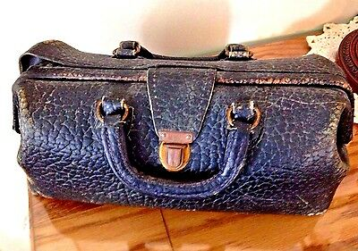 Vintage Black Pebble Leather Doctor Bag from Eli Lilly