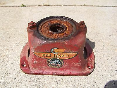 OLD ANTIQUE CAST IRON   WATER PITCHER PUMP BASE red jacket