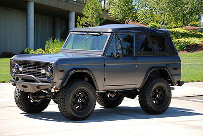 1971 Ford Bronco SUV Restored with modern technology and contemporary design.