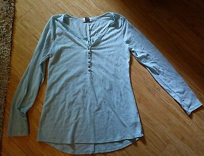 blue long sleeved small old navy shirt