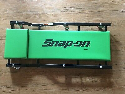 Snap On Green Cushioned Creeper And Protective Cushioned Mat