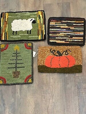 primitive hooked rugs