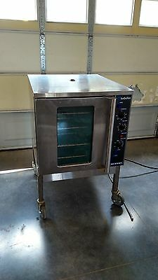 Moffat E32MS Convection Commercial Oven with steam option, SUPER CLEAN!