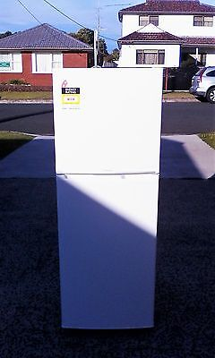 Westinghouse Fridge/Freezer 250L WTB2500WB