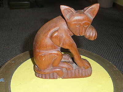 Haunted  Cat Statue  Made Of Wood (Sugar) Roughly 6 X 2 X 5