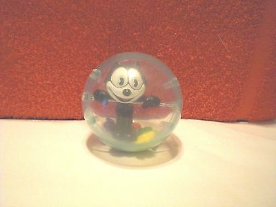 1996 Vintage Felix The Cat In Clear Plastic Ball With Multi-Colored Fish Friends