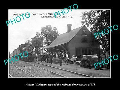 OLD LARGE HISTORIC PHOTO OF ATHENS MICHIGAN, THE RAILROAD DEPOT STATION c1915