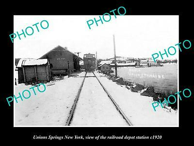 OLD LARGE HISTORIC PHOTO OF UNION SPRINGS NEW YORK, THE RAILROAD DEPOT c1920