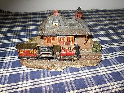 Department 56 Dickens Miniatures Train Station