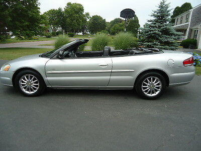 2014 Chrysler Sebring Touring 2004 Chrysler Sebring touring Convertible low mileage