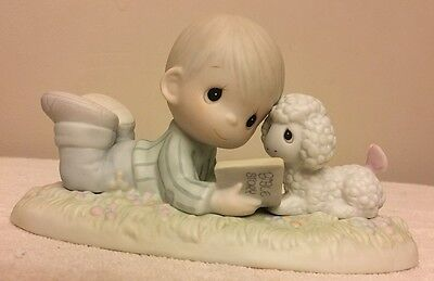 Precious Moments   I LOVE TO TELL THE STORY  Boy with Lamb PM852