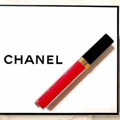 Chanel lipstick 756 CHILLI