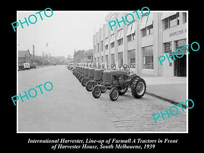 OLD HISTORIC PHOTO OF INTERNATIONAL HARVESTER FARMALL A TRACTOR LINE-UP c1939 2