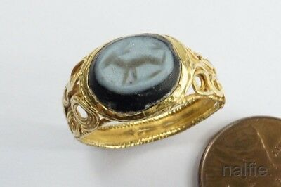 ANCIENT ROMAN 22K GOLD INTAGLIO NICOLO GLASS SEAL RING 4th - 5th CENTURY AD