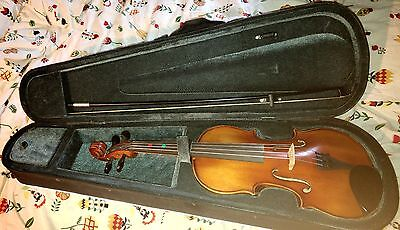 """Primavera 200 14"""" Viola with bow, case and strung"""